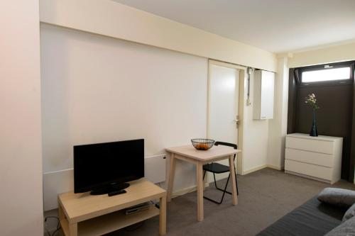 Westerpark Apartments photo 21