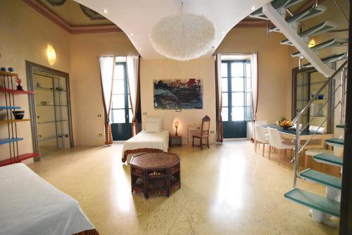 Palazzo Salapolis - Luxury Apartments