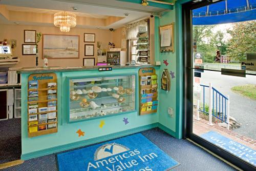 Americas Best Value Inn Chincoteague Photo
