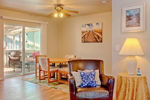 Allee Beach House - Westport, WA 98595