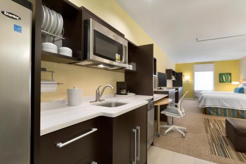 Home2 Suites by Hilton Houston Pasadena Photo