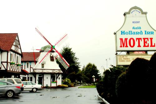 Auld Holland Inn Photo
