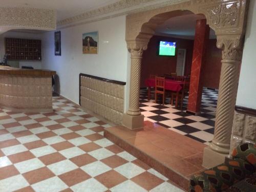 HotelHotel Emira