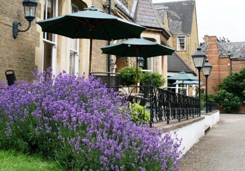 66A Banbury Road, Oxford, England, United Kingdom, OX2 6JP.