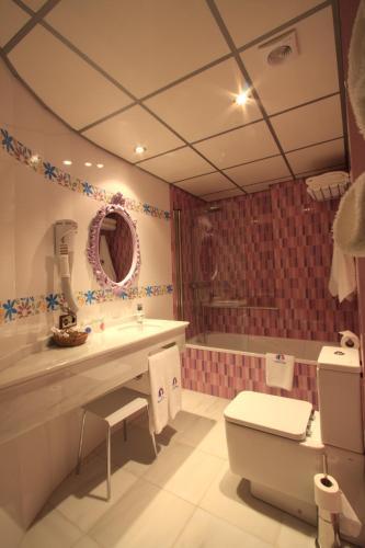 Habitación Doble - 1 o 2 camas - Uso individual Casa Baños de la Villa 11