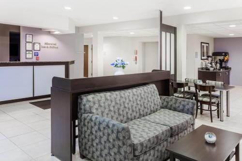 Microtel Inn & Suites By Wyndham Elkhart - Elkhart, IN 46514