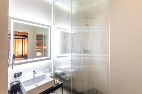 The H'All Tailor Suite Roma photo 22