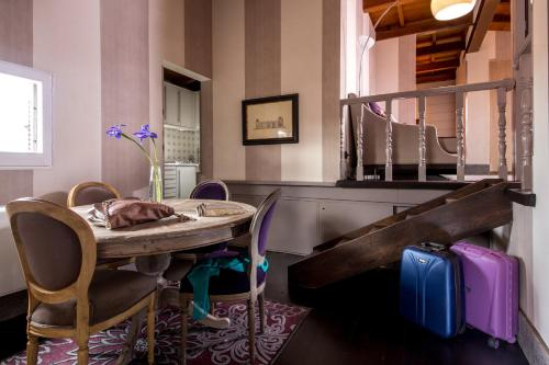 The Inn at the Spanish Steps-Small Luxury Hotels photo 117