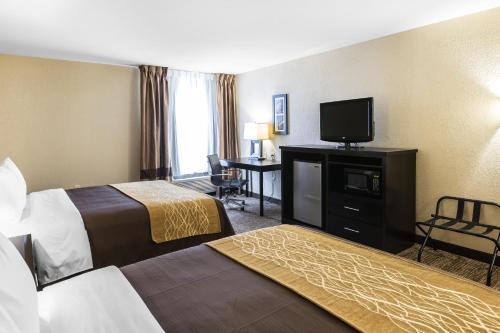 Comfort Inn & Suites Allen Park - Allen Park, MI 48101