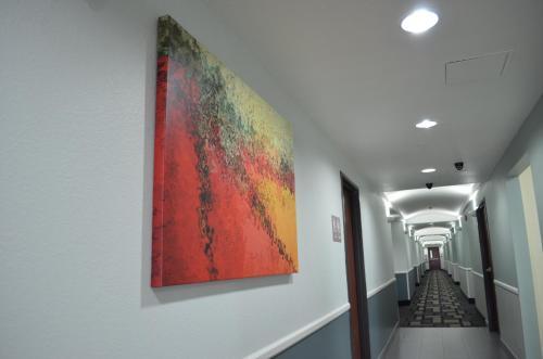 Super 8 DFW Airport North Photo