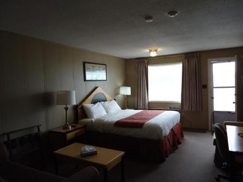 Atlanta Motel - Orangeville, ON L9W 1L3