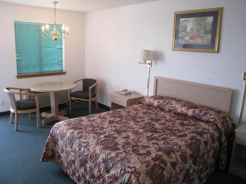Crown Inn - Seattle, WA 98103