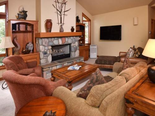 Glacier Court 1844 B Home - Vail, CO 81657