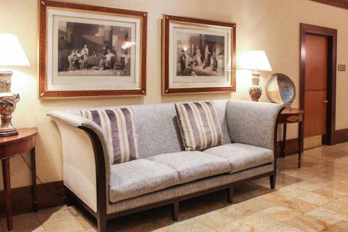 Hotel Providence Photo