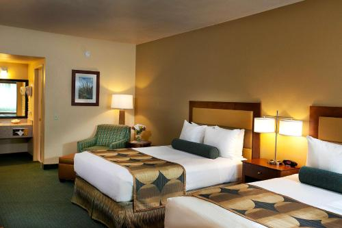Best Western Gardens Hotel at Joshua Tree National Park Photo