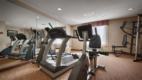 Best Western Plus Twin View Inn & Suites Photo