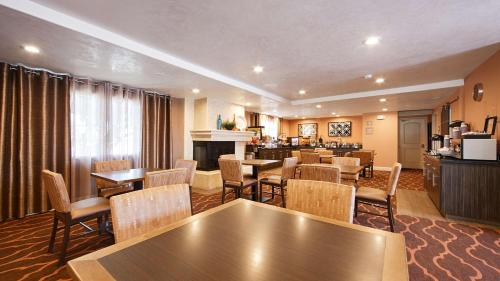 Best Western University Inn Santa Clara Photo