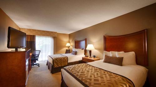 Best Western Plus North Haven Hotel - North Haven, CT 06473