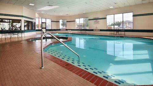 Best Western Plus Cottontree Inn - Idaho Falls, ID 83402