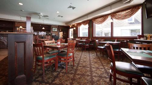 Best Western Adams Inn Quincy-Boston Photo