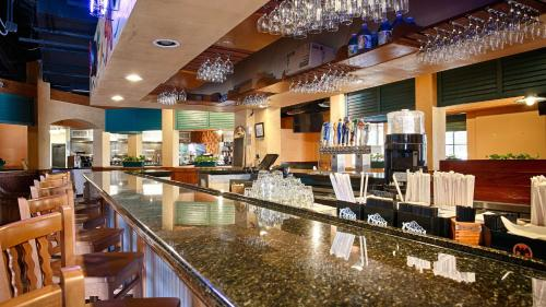 Best Western Orlando Gateway Hotel photo 19