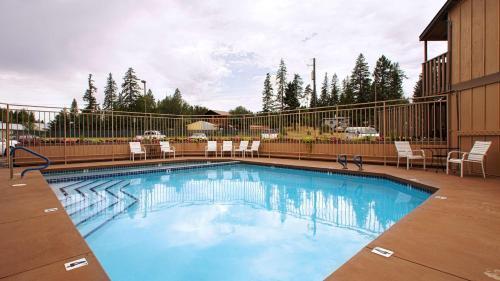 Best Western Rocky Mountain Lodge Photo
