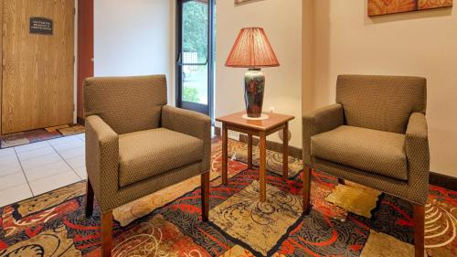 Best Western Plaza Hotel Saugatuck - Saugatuck, MI 49453