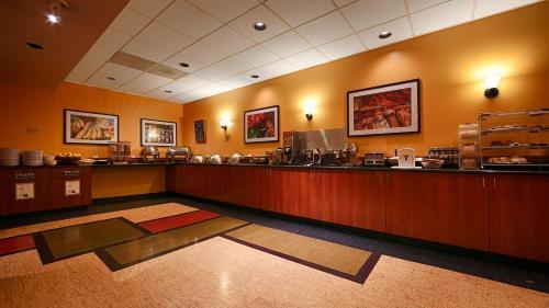 Best Western Executive Inn photo 17