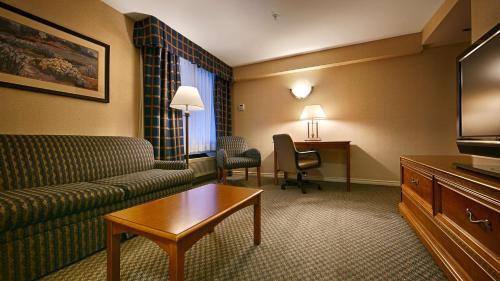 Best Western Plus Evergreen Inn And Suites - Federal Way, WA 98003