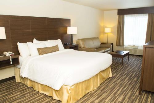 Best Western Plus Dartmouth Hotel & Suites - Dartmouth, NS B3B 1X7