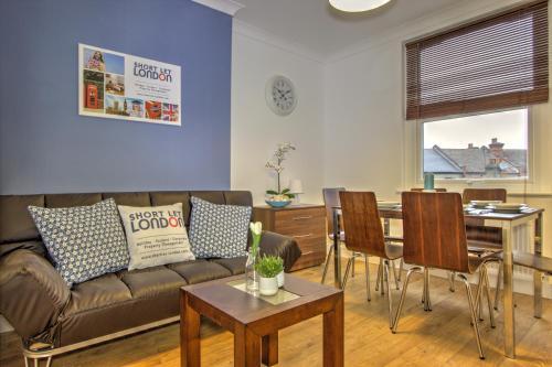 Brondersbury Park Apartment photo 1