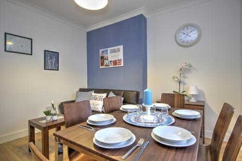 Brondersbury Park Apartment photo 5