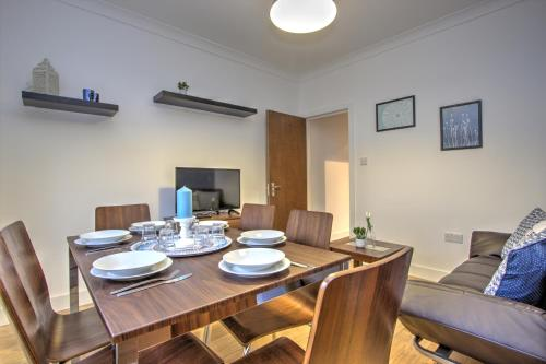 Brondersbury Park Apartment photo 18