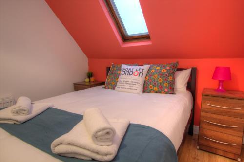 Brondersbury Park Apartment photo 23