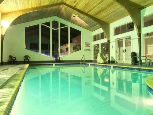 Stargazer Inn and Suites Photo