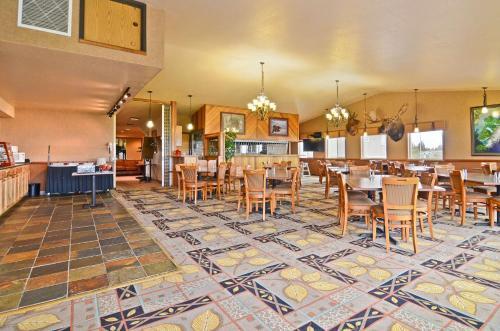 Best Western Bidarka Inn Photo