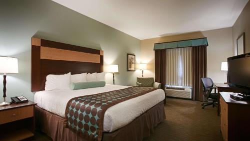 Best Western Plus Texarkana Inn and Suites Photo