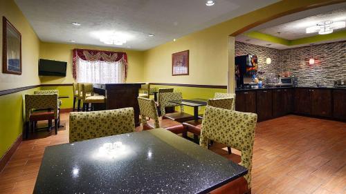 Best Western Canton Inn Photo