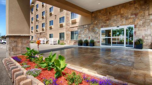 Best Western Plus Blaine At The National Sports Center - Blaine, MN 55449