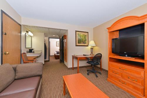 Best Western Kelly Inn Minot Photo