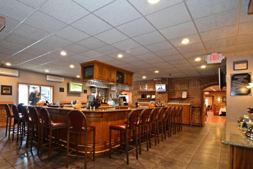 Best Western Plus Concordville Hotel Photo