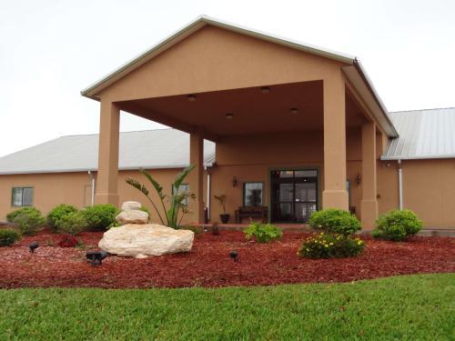 Best Western Hebbronville Inn - Hebbronville, TX 78361