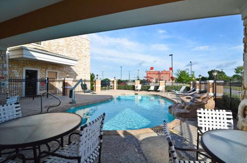 BEST WESTERN PLUS Christopher Inn and Suites Photo