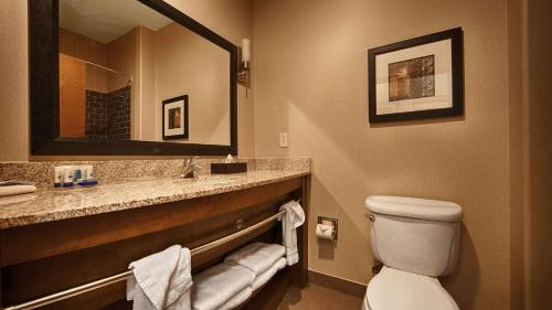 Best Western Plus Lackland Hotel and Suites. Photo