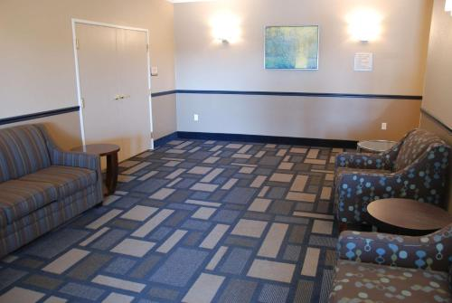 Best Western Baraboo Inn Photo