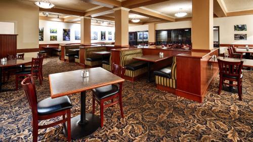 Best Western Plus Barclay Hotel - Port Alberni, BC V9Y 7X8