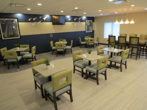 Best Western Plus Erie Inn & Suites - Erie, PA 16509-4619