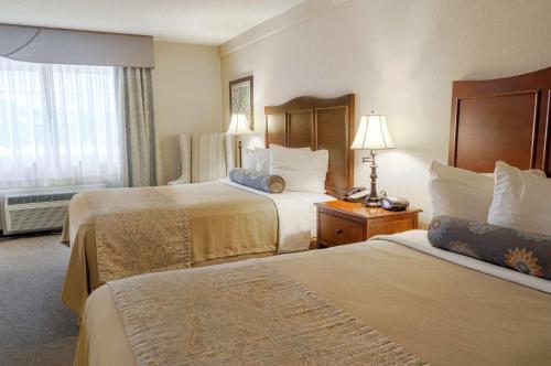Best Western Plus Country Cupboard Inn Hotel Lewisburg