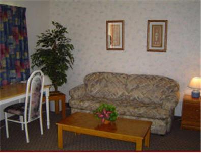 Carravalla Inn - Melfort, SK S0E 1A0