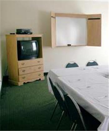 Hampton Inn Waycross - Waycross, GA 31501